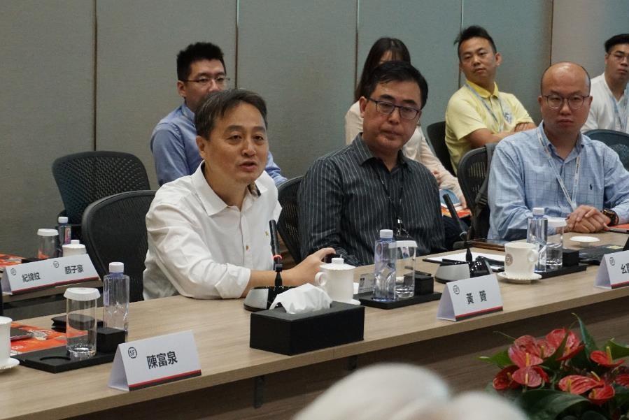 順豐速運助理CEO黃贇先生發言